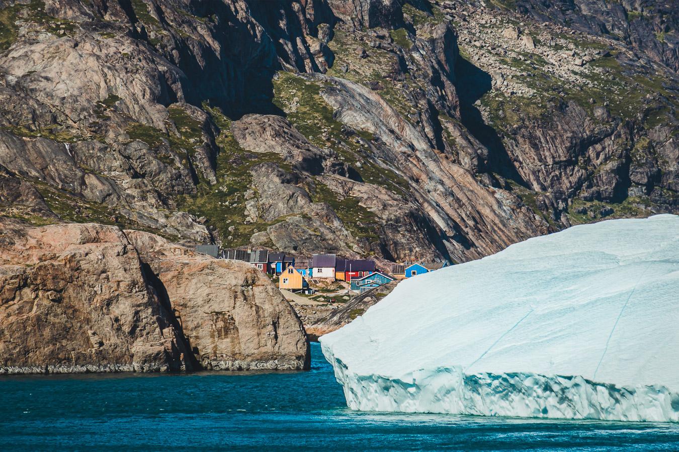 103 Einwohner, abnehmend, Aappilattoq (Nanortalik), Prins Christian Sund, Südgrönland